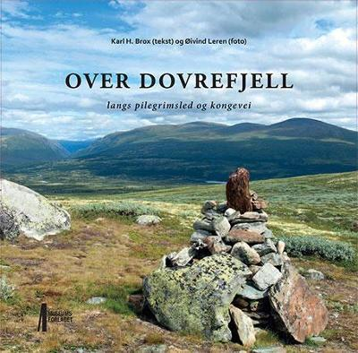 Over Dovrefjell - Karl H. Brox