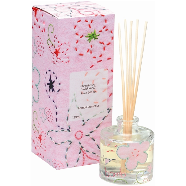 Reed Diffuser Strawberry Patchwork - Bomb Cosmetics