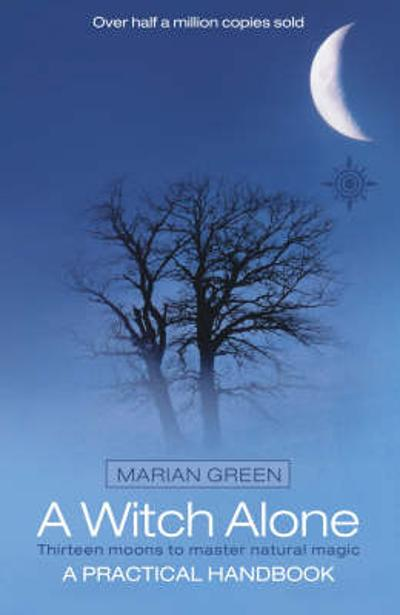 A Witch Alone - Marian Green